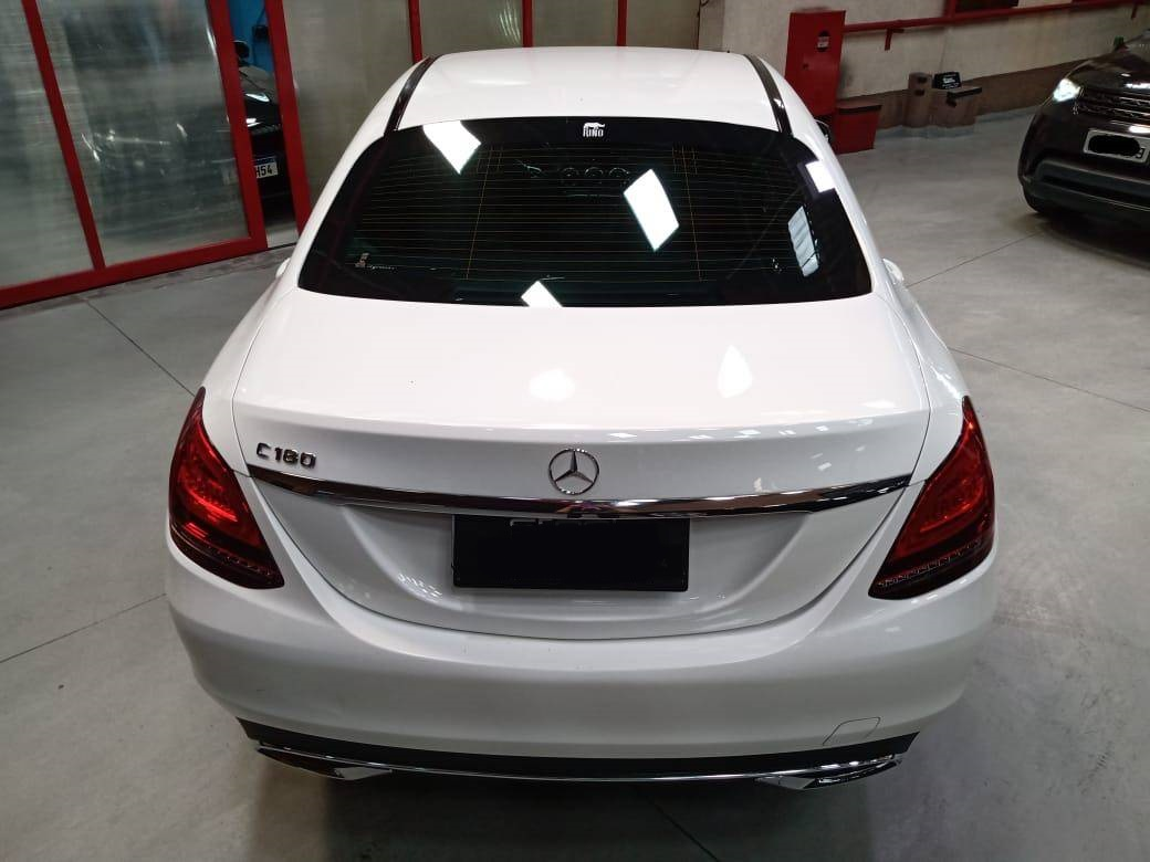 Mercedes Benz C-180 Blindado