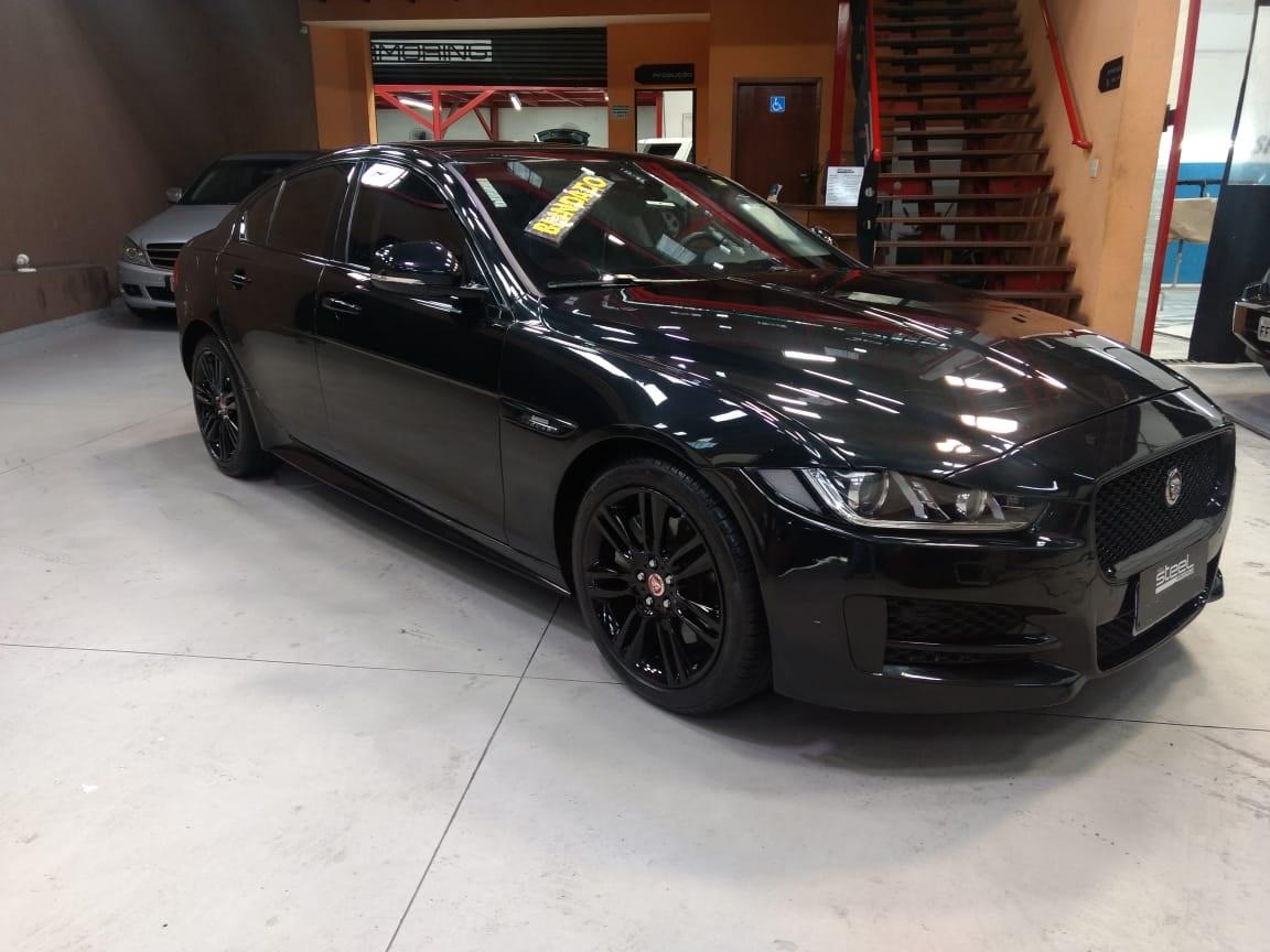 Jaguar XE Blindado
