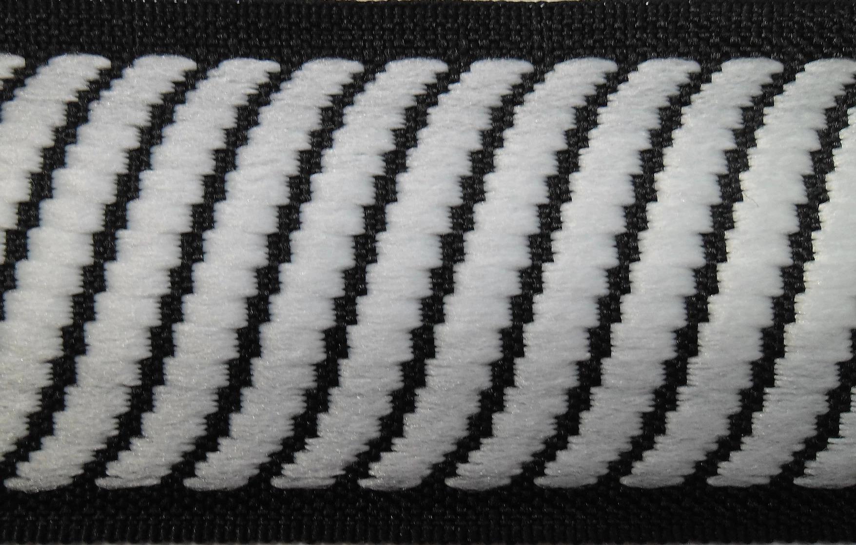 Cordão Preto Luxo