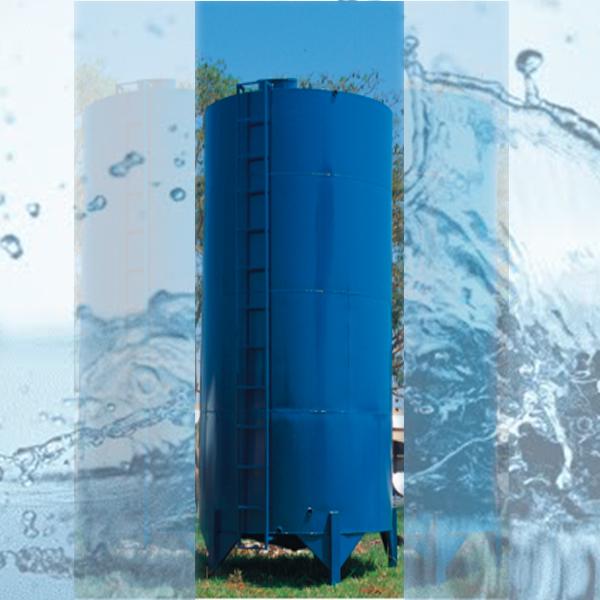 Caixa de água metálica