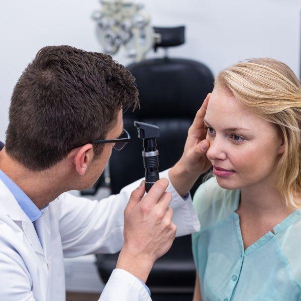 Clínica de exame de retina