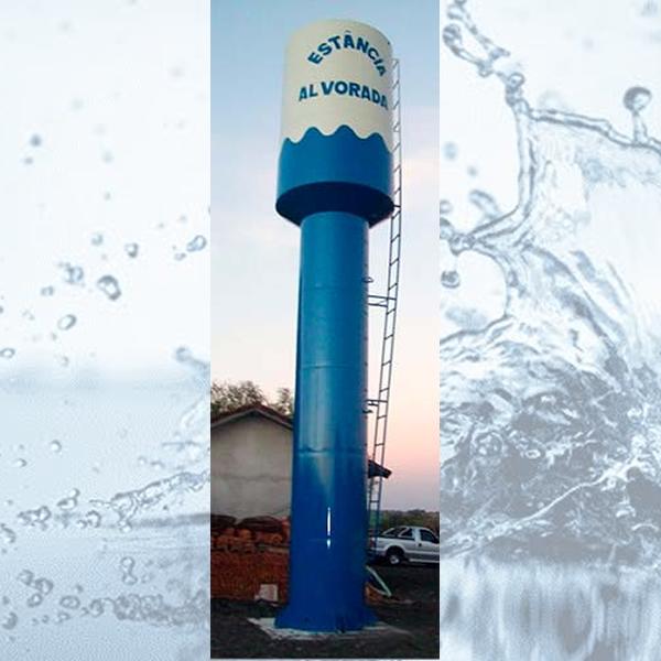 Taça com água na coluna